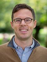 Headshot of Matthew Powers